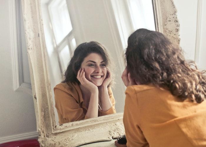Cómo desarrollar la autoconfianza en 8 pasos