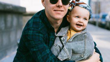 tener éxito en el trabajo como padre soltero